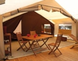 Rental - COTTON LODGE NATURE 25m² / 2 bedrooms - sheltered terrace (without toilet blocks) - Camping Domaine de  La SERRE