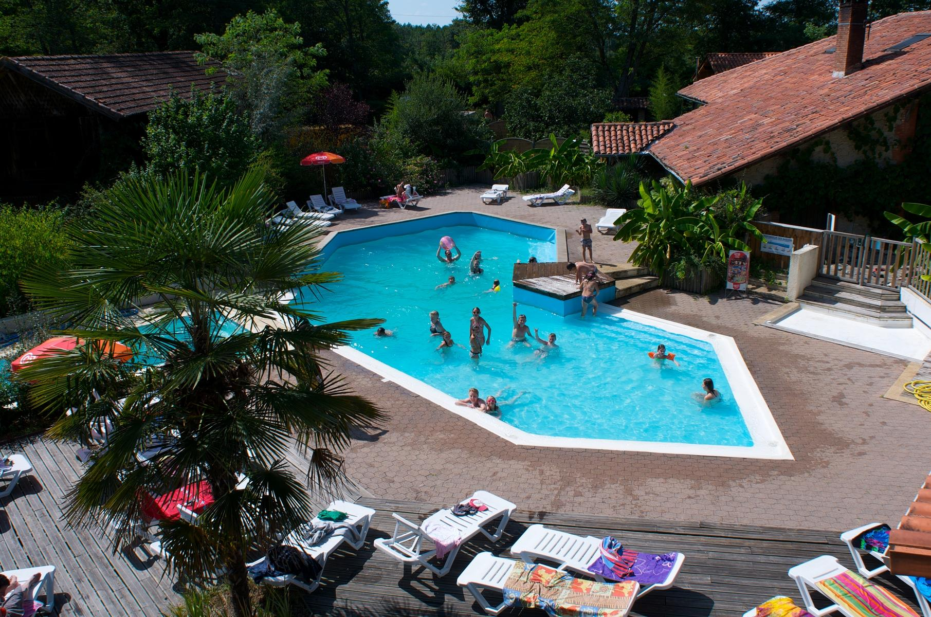 Etablissement Camping Le Pin - Saint-Justin