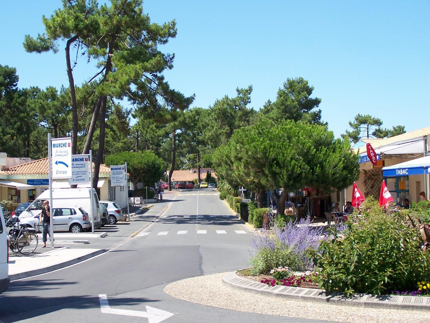 Région Camping Club Les Pins - Le Grand-Village-Plage