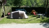 Pitch - Package : Pitch + 1 car - Camping Les 4 Saisons
