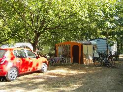 Comfort Package (2 People / 1 Tent Or Caravan + 1 Car, Or 1 Motorhome /Electricity 10A)