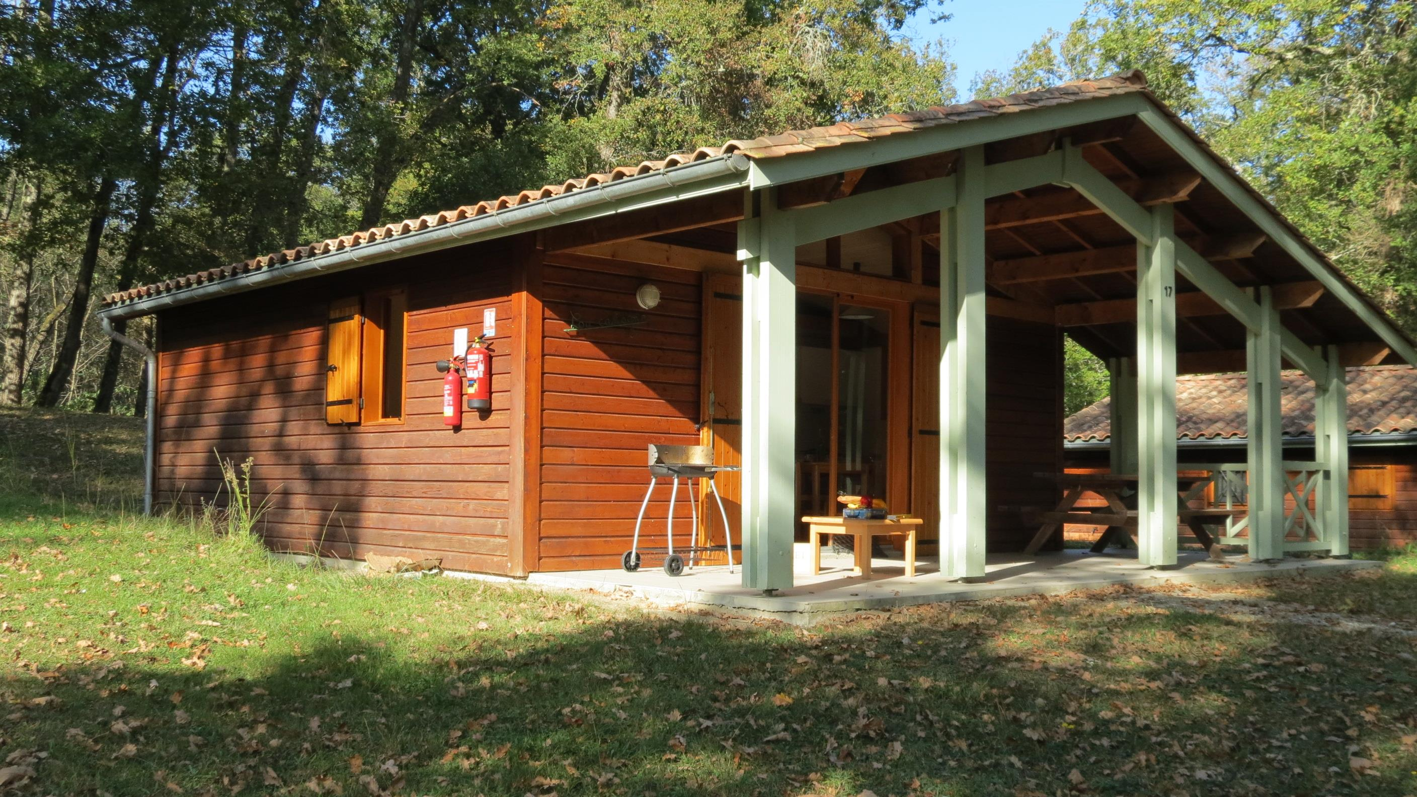 Chalet - 45m² 2 bedrooms, Front de lac, with covered terrace