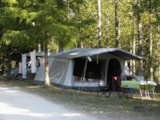 Pitch - Nature Package (2 People / 1 Tent Or Caravan + 1 Car, Or 1 Motorhome / Without Electricity) - Camping du Lac de Lislebonne