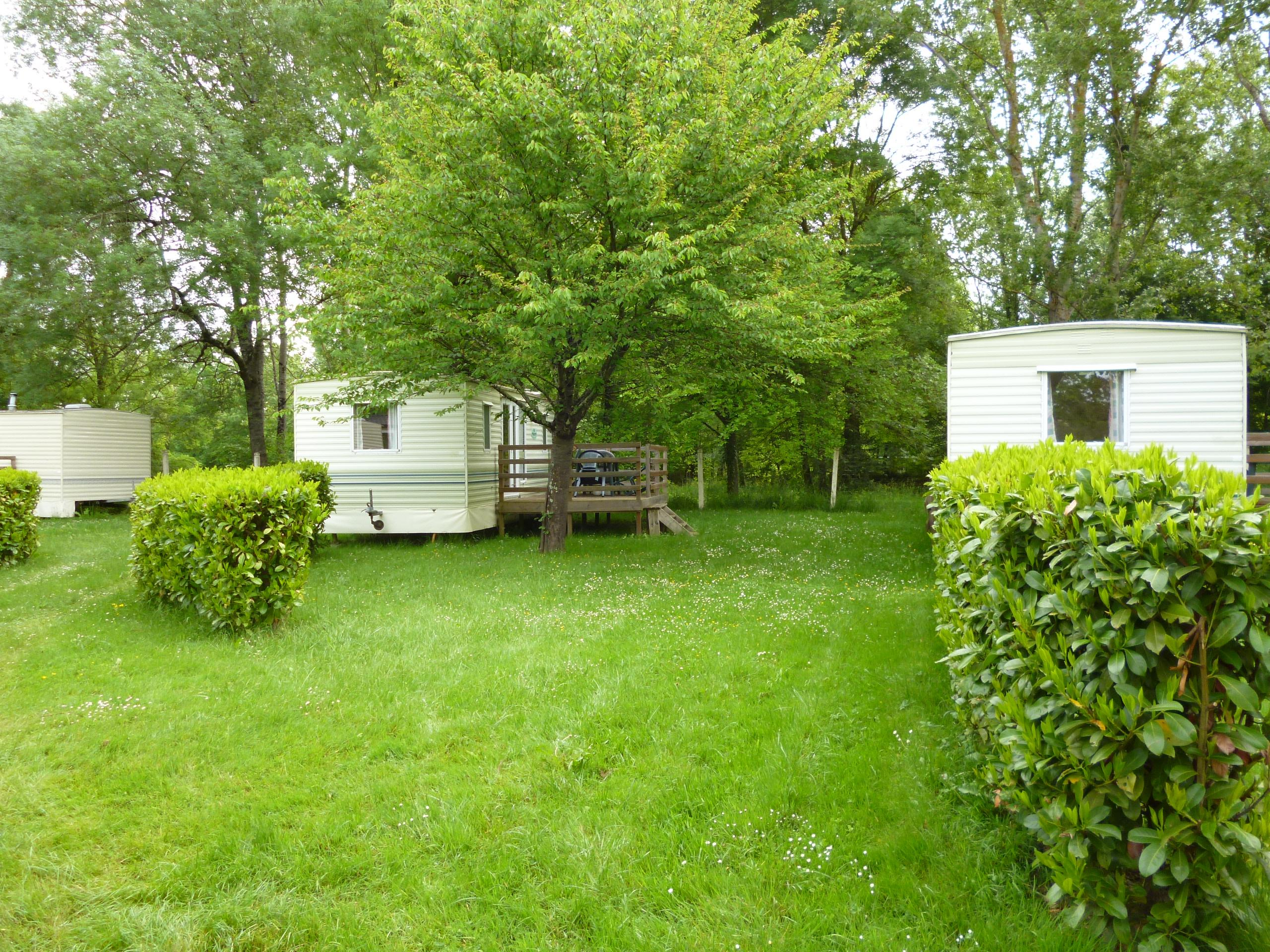 Location - Mobil-Home 2 Chambres Willerby (>15 Ans) 4 Adultes 1 Enfant 23M² - Camping Le Mouliat