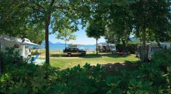 Pitch A Lake Front : 1 Car + Tent/Caravan Or 1 Camping-Car + Electricity 6A