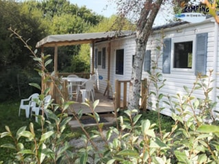 Mobile Home (3 Bedrooms) + Sheltered Terrace
