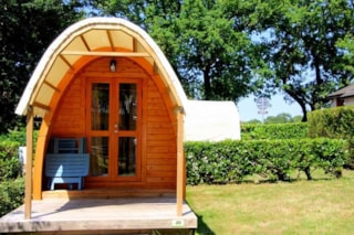 Pod (1 Bedroom) With Toilet Block