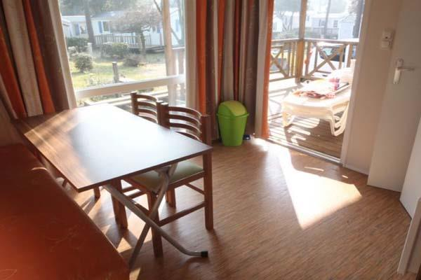 Location - Mobilhome   5/7 Pers. 2 Chambres Et Convertible - Camping L'Étang du Pays Blanc