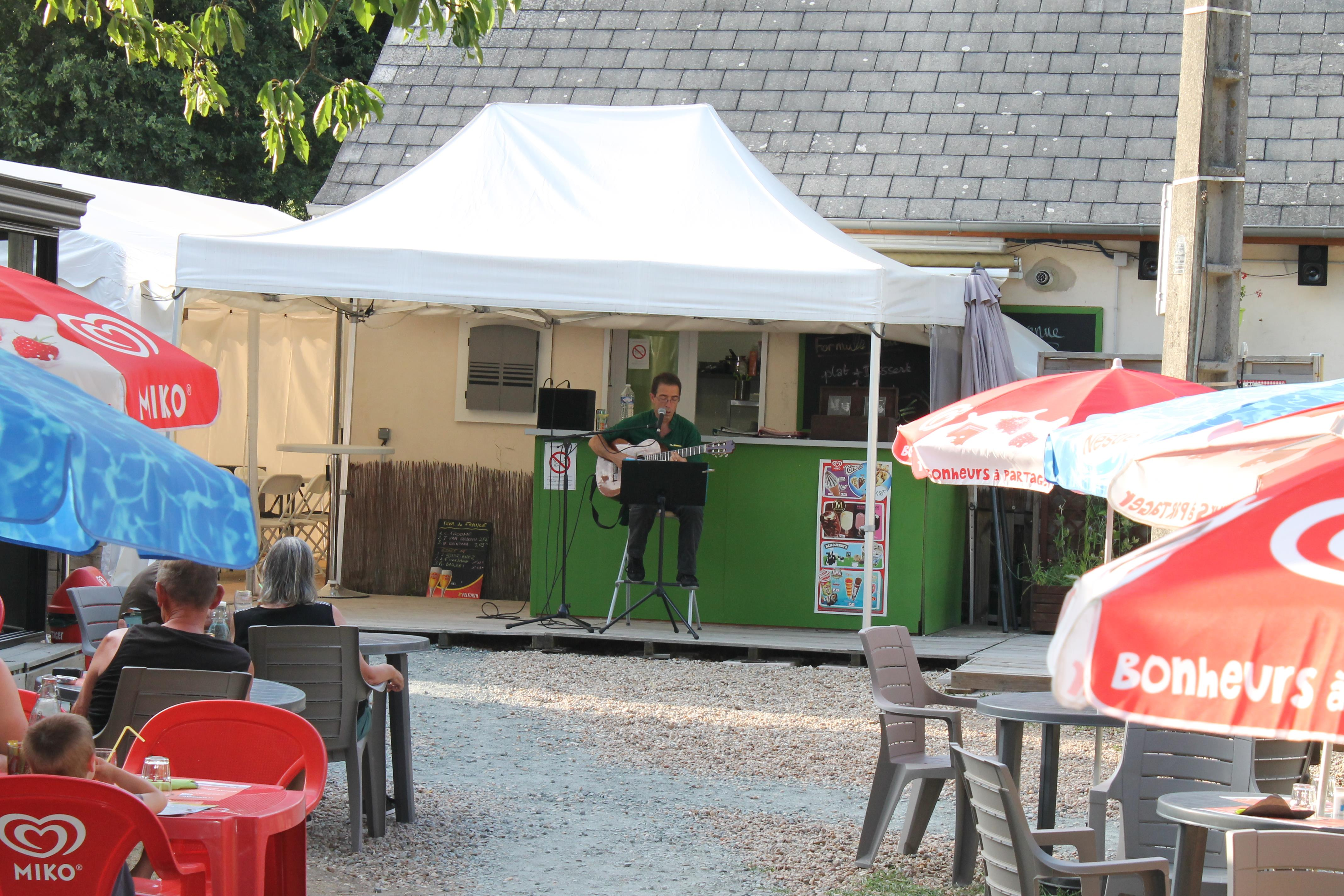 Entertainment organised Camping Les Acacias - la Ville-aux-Dames
