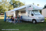 Pitch - Nature Package (1 tent, caravan or motorhome / 1 car) - Flower Camping Les Étangs Mina***
