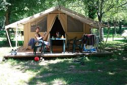 Camping DE THURIES