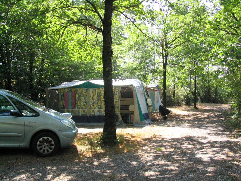 Package PRIVILEGE 110 - 120m² with electricity 10 Amp + car + tent or caravan