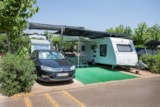 Pitch - Pitch Normal - Car + Big tent / caravan or camping-car - Villasol Camping & Resort