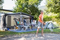 Pitch - Green Pitch - 80/90 M² - Car + 6 Ampere Electricity - Camping San Cristoforo