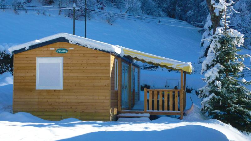 Mietunterkünfte - Winter Wooden Cottage 3 Bedrooms, Year 2010 - Camping LA RIBERE