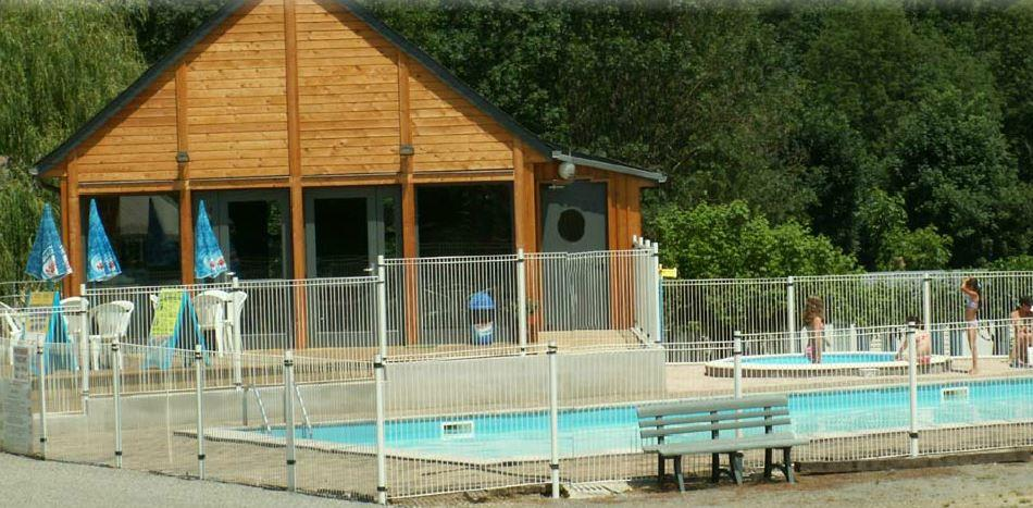 Etablissement Camping L'ARRIOU - BEAUDEAN
