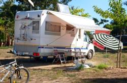 Emplacement - Emplacement : voiture + tente/caravane ou camping-car - Camping Relax Nat