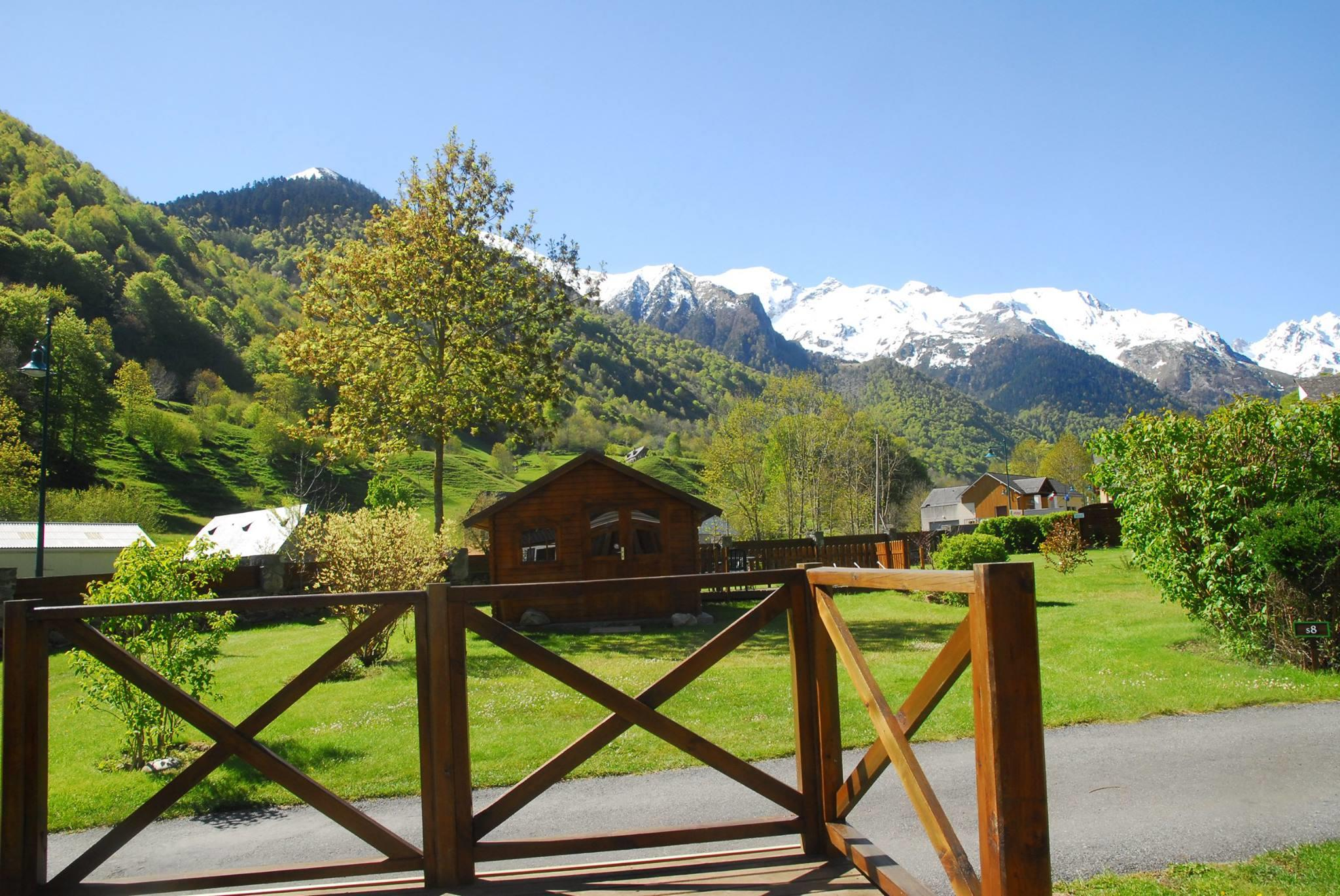 Establishment Camping PYRENEES NATURA - ESTAING