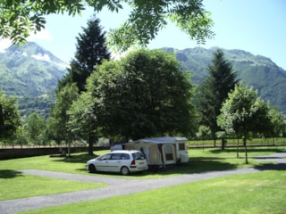 Package 4 - Basic : Pitch + Car + Tent Or Caravan + Electricity 2 A