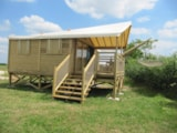 Rental - Canvas bungalow Carrelet on piles - 2 bedrooms - Camping Ferme Pédagogique de Prunay