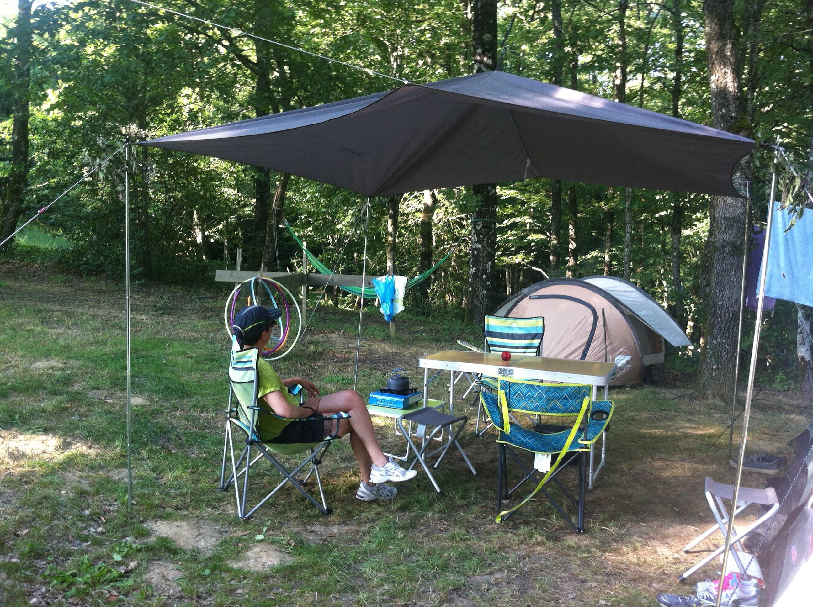 Camping Plot:  80m². 1 or 2 people + tent or caravan or Campervan + 1 car.