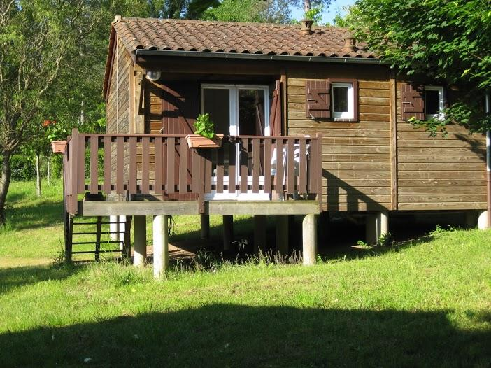 Location - Chalet 35M² - Camping Le Repaire