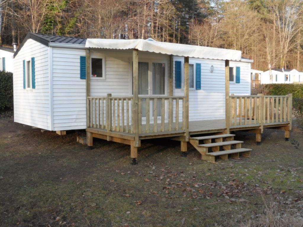Location - Mobilhome 2 Chambres N°47 - Terrasse En Bois Couverte - Camping Le Repaire
