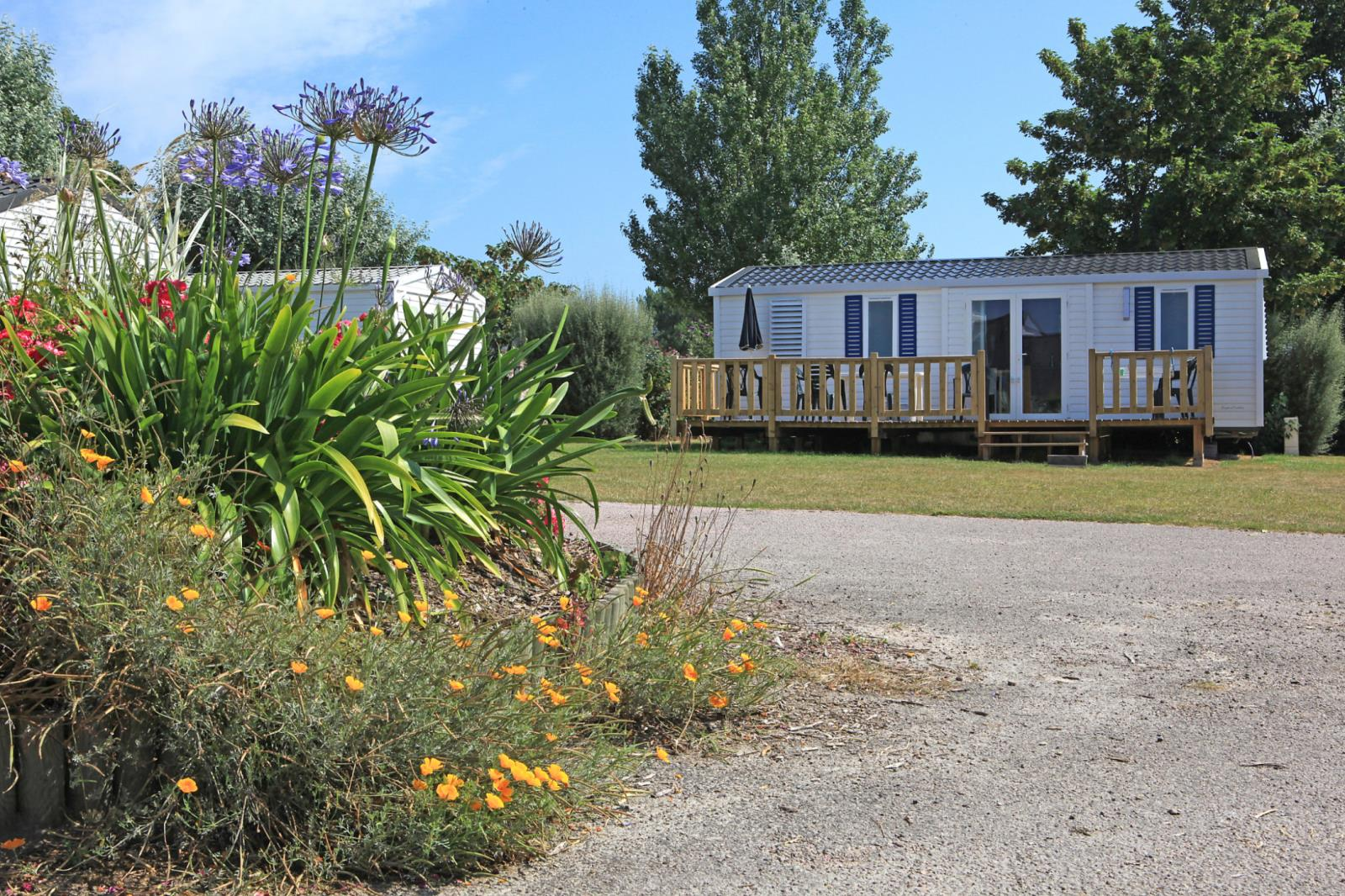 Location - Mobilhome 4 Chambres 8 Pers Avec Terrasse - Camping Des Hautes Grées