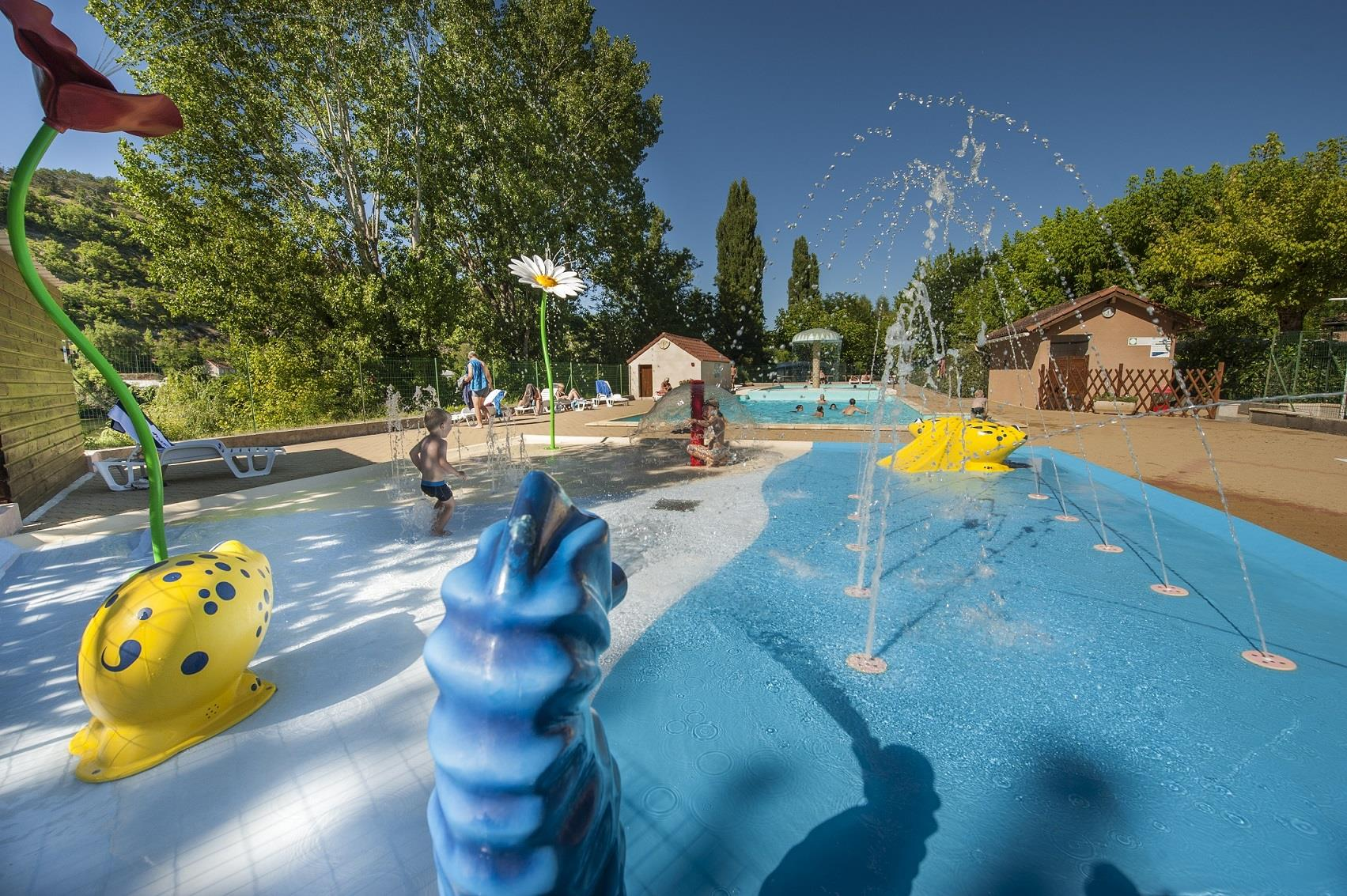 Bedrijf Camping RIVIERE DE CABESSUT - CAHORS