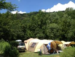 Pitch - Nature Package Large Pitch 120-150M²(1 Tent, Caravan Or Motorhome / 1 Car / Without Electricity ) - Camping Qualité l'Eden de la Vanoise