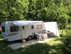 Pitch - Confort Package Large Pitch 120-150M²(1 Tent, Caravan Or Motorhome / 1 Car / Without Electricity ) - Camping Qualité l'Eden de la Vanoise