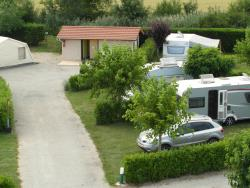 Emplacement - Emplacement + 1 Voiture + Tente, Caravane Ou Camping-Car - Camping Les Ulèzes
