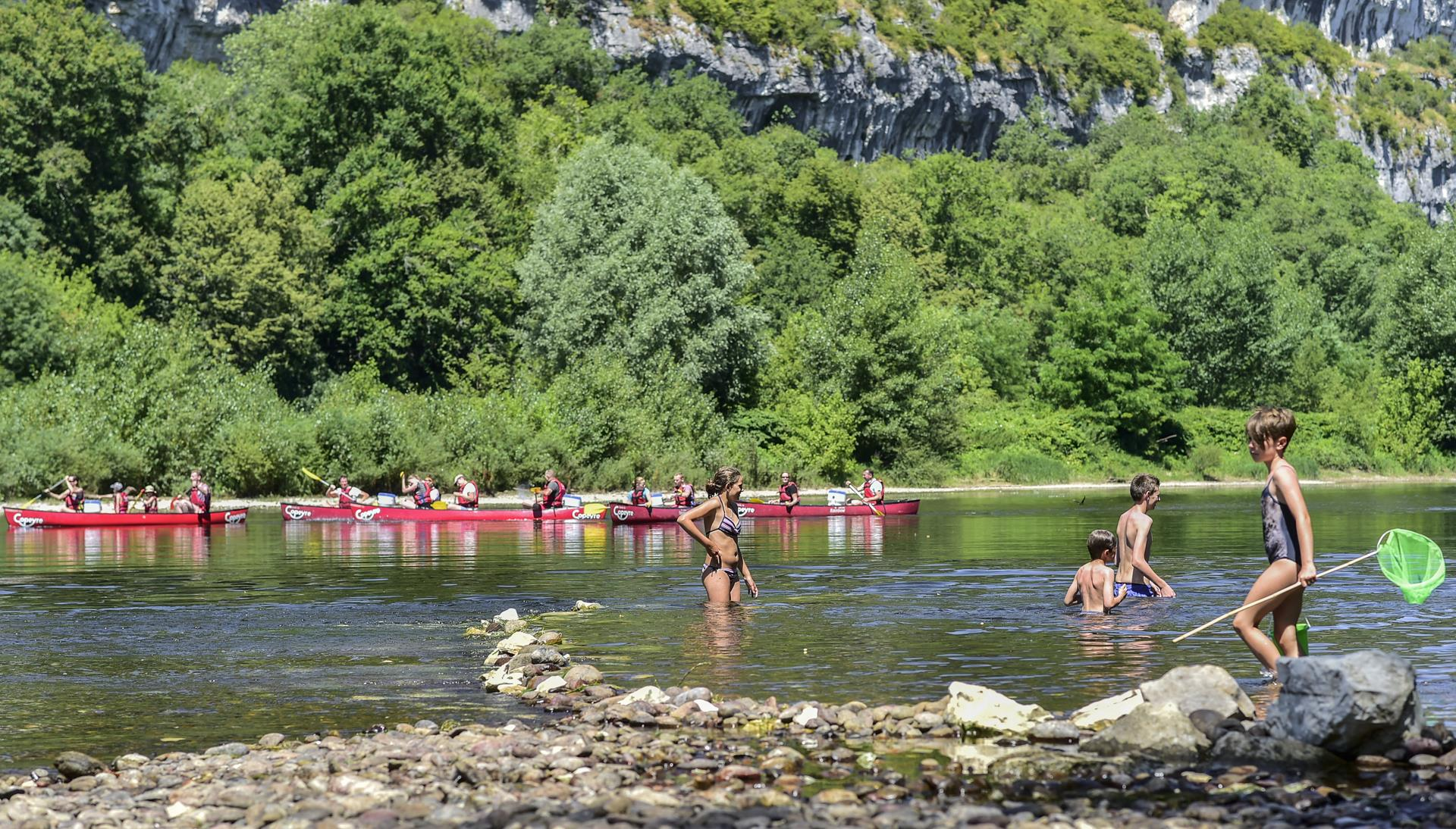 Bathing Camping LA RIVIERE - LACAVE