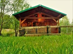 Accommodation - Cabane Bateau With Covered Terrasse And Sanitary Facilities 4P (22M²) - Camping Au Mica