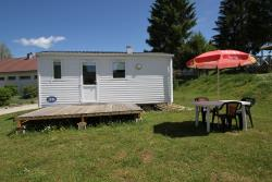 Location - Mobil-Home 18M² - CAMPING DU LAC DE REMORAY