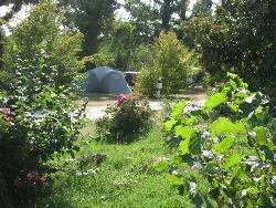 Forfait Emplacement Camping + 2 Personnes + Véhicule.