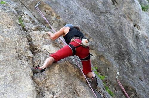 Sports and leisure activities : Rock climbing - Bélézy naturist campsite