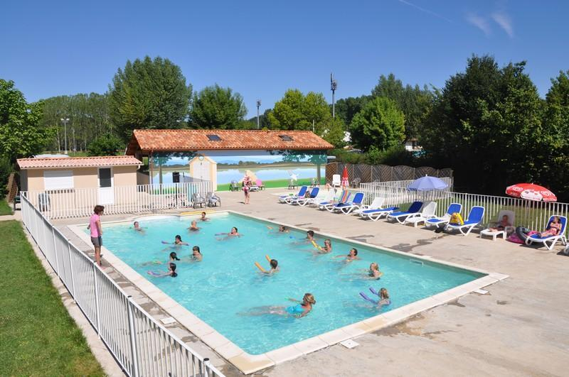 Camping With Heated Pool In Dordogne