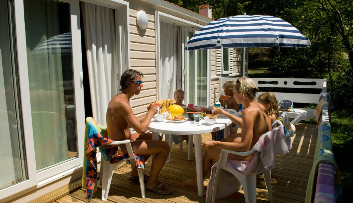Rental in the Pyrénées mountains, for naturist nature lovers!