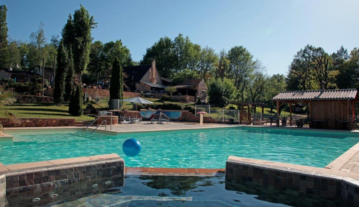 Leisurely holidays at a naturist camping in Provence