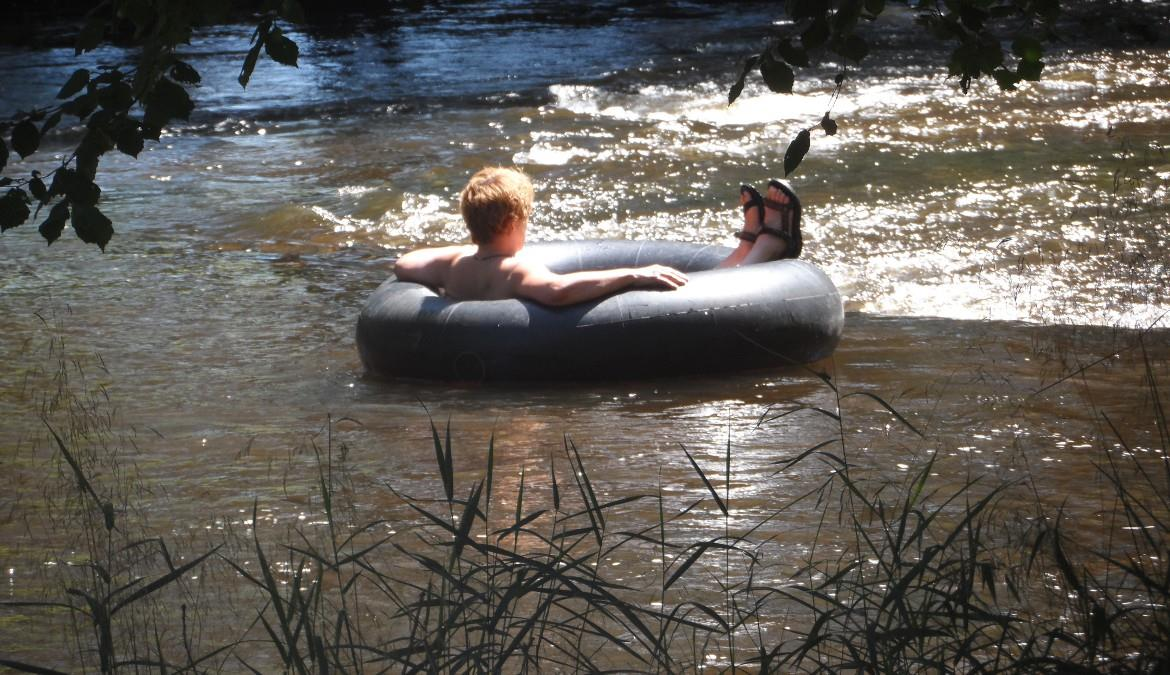 Naturist holidays in Limousin, nature at the grasp of you hand!