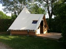 Camping Bords de Loue